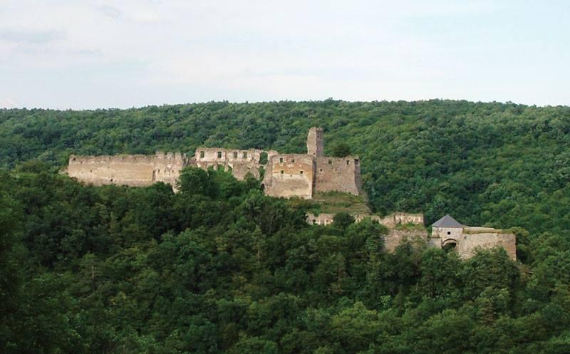 Lietava pilies, statytos 1240-1250 m., griuvėsiai Slovakijoje Žilinų vietovėje
